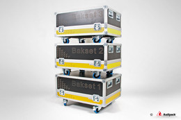 uploads/tx_imagecycle/Compilate-bakset-flightcases.jpg
