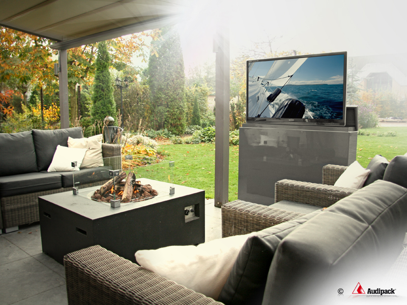 32 inch outdoor tv furniture with lift gardenview. Black Bedroom Furniture Sets. Home Design Ideas